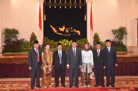 Dilantik Presiden Sebagai Anggota DKPP (1)